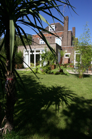 Garden Lawns Chiswick